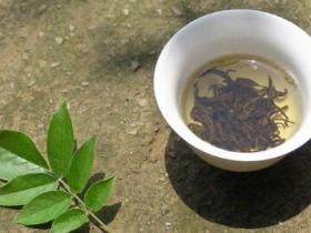 回文茶联《趣言能适意 茶品可清心》赏析_关于茶的对联有哪些