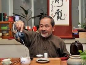 赠予范增平先生的茶诗妙句《赠台湾中华茶文化学会范增平会长》赏析
