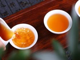 现代诗人林凯旋《咏英德红茶》(4)注释赏析_描写英德红茶的唯美茶诗