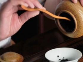 近代描写普洱茶的唱和诗两首《诚谢宋兴宏先生遥寄普洱茶》赏析