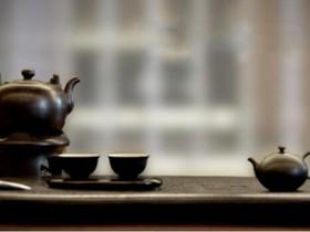 赠予叶惠民先生的茶诗妙句《喜题香港茶艺中心叶惠民理事长》赏析