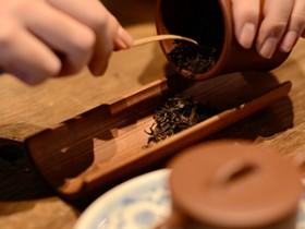 湖北陆羽茶文化研究会副会长欧阳勋赞美普洱茶的诗句《普洱茶》注释赏析