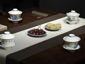 赞美普洱的茶诗《忆江南·普洱茶乡吟》赏析_关于普洱采茶/制茶/销路的诗句