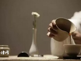 唯美的铁观音茶诗《为君寻得观音韵 色香味形有神功》赏析_关于女人品茶的诗句