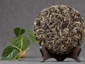 清代描写普洱贡茶的古诗《赐贡茶二首》其二赏析_关于普洱茶文化的诗句