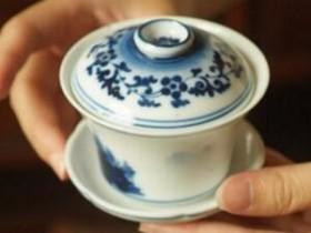 朱熹以茶待客的经典对联《山居偏隅竹为邻_客来莫嫌茶当酒》赏析